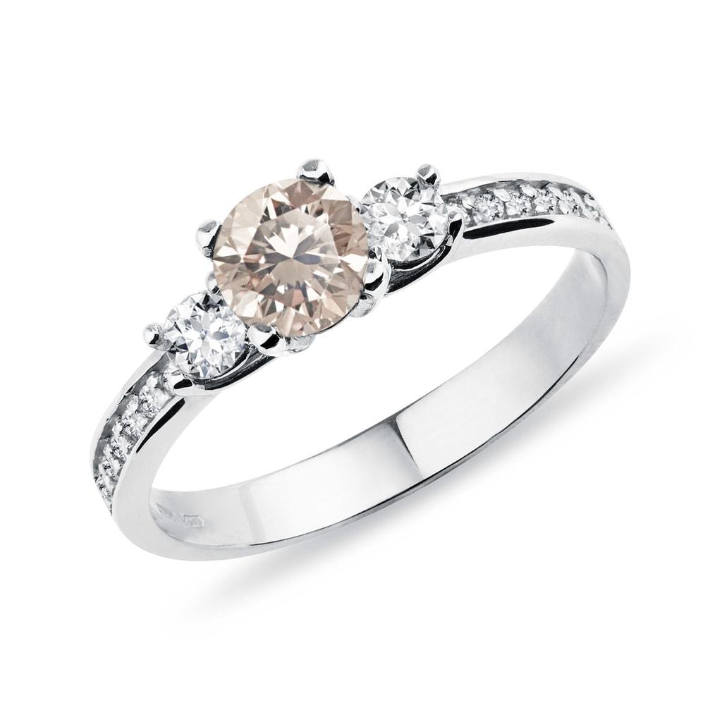 Zlatý prsten s champagne diamantem  25c974160ee