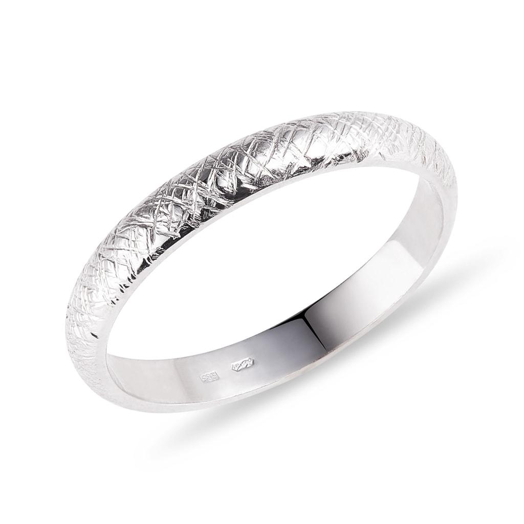 Snubni Prsten Z Bileho Zlata Klenota