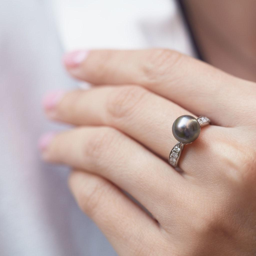 Zlatý prsten s tahitskou perlou  164cfb729d4