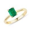 GOLD RING WITH EMERALD - EMERALD RINGS{% if kategorie.adresa_nazvy[0] != zbozi.kategorie.nazev %} - RINGS{% endif %}