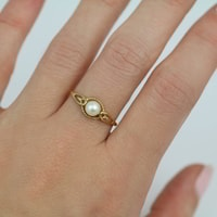 GOLD RING WITH PEARL - GOLD RINGS - RINGS