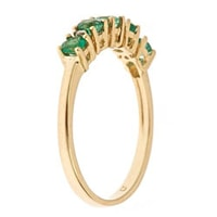 Ring of gold with emeralds and diamonds - Gold rings