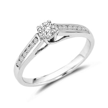 Engagement ring with diamonds in white gold - Engagement Diamond Rings