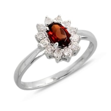 WHITE GOLD RING WITH GARNET AND BRILLIANTS - HALO ENGAGEMENT RINGS - ENGAGEMENT RINGS