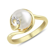 Gold-plated silver ring with pearl and diamonds - Pearl rings
