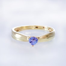 Gold ring with tanzanite - Engagement rings with gemstones