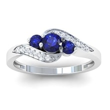 Gold ring with blue sapphires and diamonds - Sapphire rings