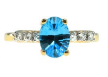GOLD RING WITH AQUAMARINE AND DIAMONDS - GOLD RINGS - RINGS