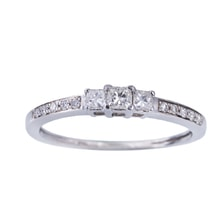 ENGAGEMENT RING WITH DIAMONDS IN WHITE GOLD - DIAMOND ENGAGEMENT RINGS - ENGAGEMENT RINGS WITH GEMSTONES