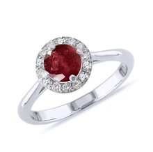 Gold ring with ruby ​​and diamonds - Halo engagement rings