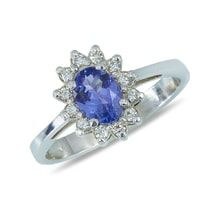 Tanzanite and diamond ring in 14kt gold - Tanzanite Rings