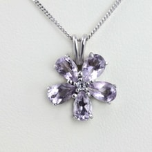Sterling silver flower pendant - Jewellery Sale