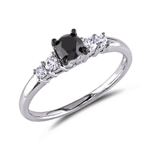 White gold engagement ring with diamonds - Engagement rings with fancy diamands
