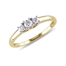 Gold engagement ring with diamonds - Diamond engagement rings