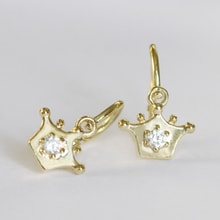 GOLD EARRINGS IN THE SHAPE OF THE CROWN - GOLD EARRINGS - EARRINGS