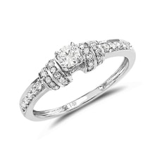 Gold ring with diamonds - Engagement Diamond Rings