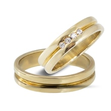 Golden wedding rings with four diamonds - Gold wedding rings