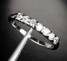 GOLDEN RING WITH DIAMONDS 0.41CT - DIAMOND RINGS - RINGS