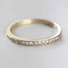 Gold ring with diamonds - Women's wedding rings