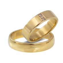 Golden wedding rings with three diamonds - Gold wedding rings