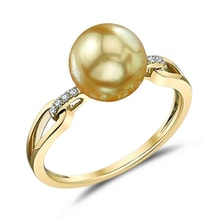 Golden ring with gold pearl - South Pacific pearls