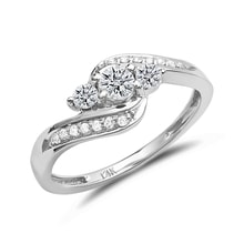 Engagement ring with many diamonds in white gold - Engagement Diamond Rings