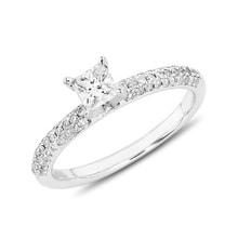 Diamond gold engagement ring - Diamond engagement rings