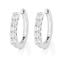 Earrings made of white gold with diamonds - Diamond earrings