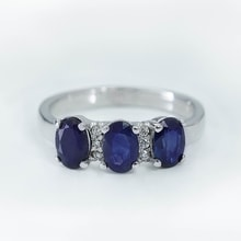 RING MADE OF WHITE GOLD WITH SAPPHIRES AND DIAMONDS - SAPPHIRE RINGS - RINGS