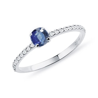 GOLD RING WITH DIAMONDS AND A SAPPHIRE - SAPPHIRE RINGS - RINGS