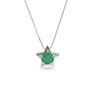 Emerald star pendant in 14kt gold