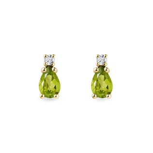 Olivine earrings with diamonds in yellow gold
