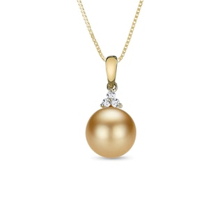 Pearl and diamond necklace in 14kt gold