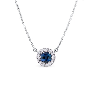 Sapphire and diamond pendant in white gold