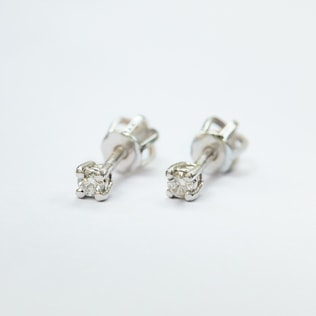 BABY DIAMOND EARRINGS IN 14KT GOLD - DIAMOND EARRINGS - EARRINGS