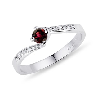 DIAMOND RING WITH GARNET - GARNET RINGS - RINGS