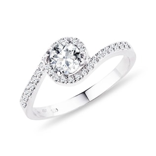 WHITE GOLD RING WITH DIAMONDS - ENGAGEMENT HALO RINGS - ENGAGEMENT RINGS
