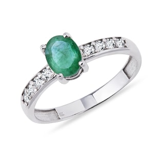 RING WITH EMERALD AND DIAMONDS - ENGAGEMENT GEMSTONE RINGS - ENGAGEMENT RINGS