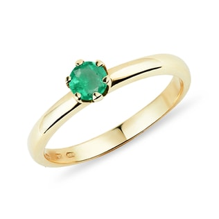 Emerald ring in 14kt gold
