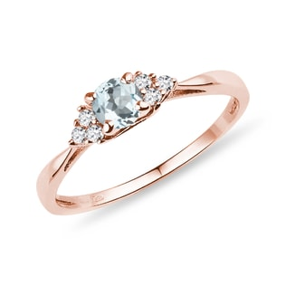 Aquamarine ring with diamonds in rose gold