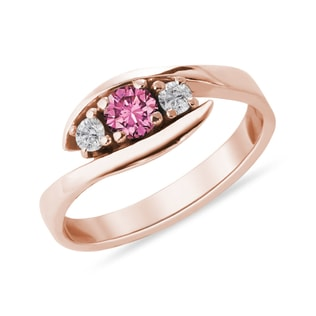 Turmaline ring with diamonds