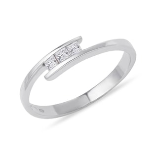 CZ RING IN WHITE GOLD - WHITE GOLD RINGS - RINGS