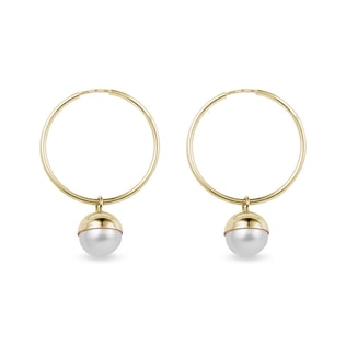Pearl hoop earrings in yellow gold