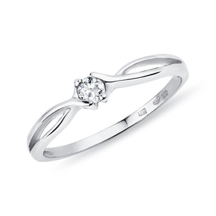 Diamond 14kt white gold ring