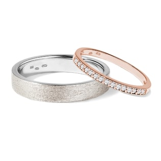 Wedding rings made of white and rose gold
