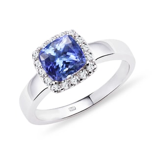 TANZANITE AND DIAMOND RING IN 14KT GOLD - ENGAGEMENT GEMSTONE RINGS - ENGAGEMENT RINGS