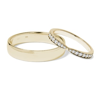 Diamond wedding rings in 14kt yellow gold