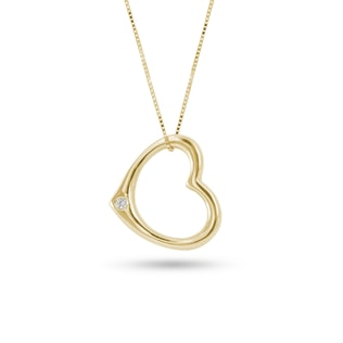 Yellow gold heart-shaped pendant