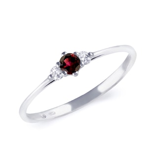 GOLD ENGAGEMENT RING WITH A GARNET - ENGAGEMENT GEMSTONE RINGS - ENGAGEMENT RINGS