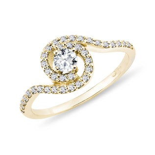 YELLOW GOLD RING WITH DIAMONDS - ENGAGEMENT DIAMOND RINGS - ENGAGEMENT RINGS